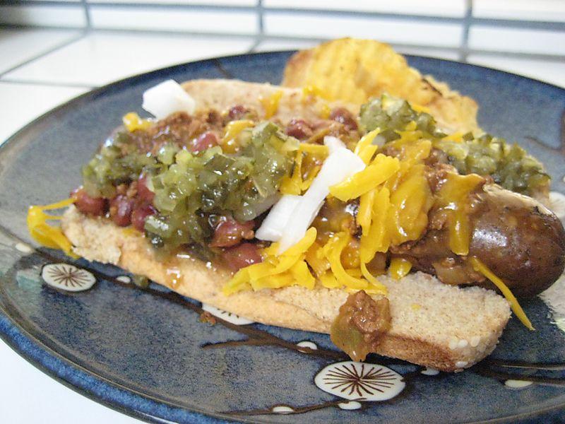 Vegetarian chili dog